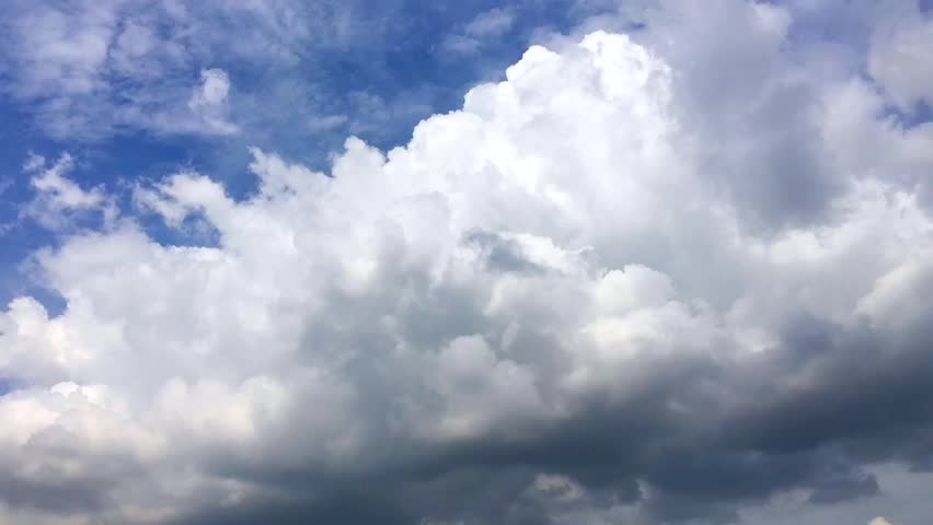 Spectacular time-lapse moving cloud in a sunny day