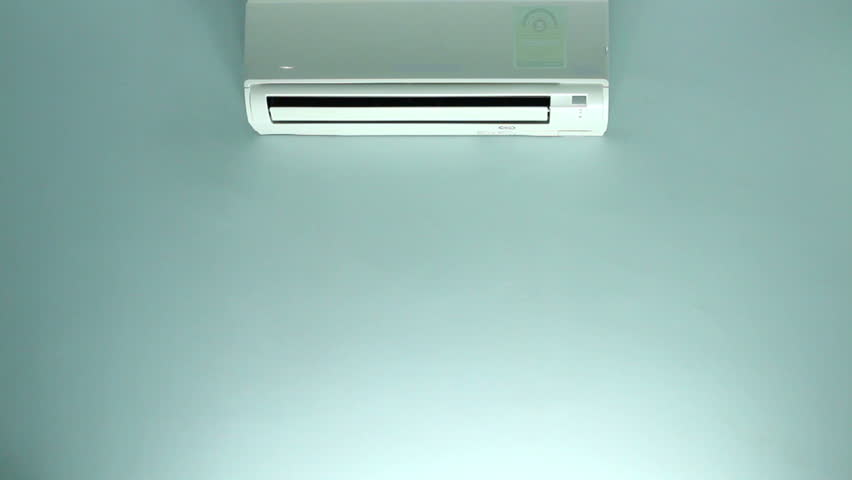 Header of air conditioner