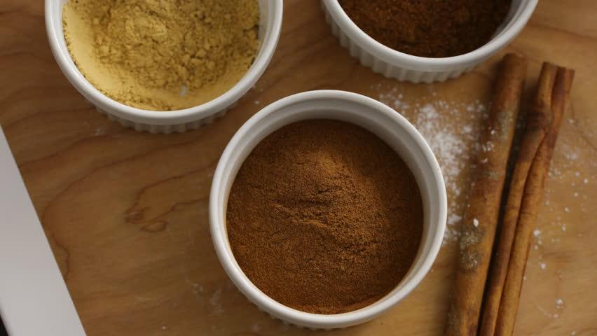 Measuring teaspoon of cinnamon