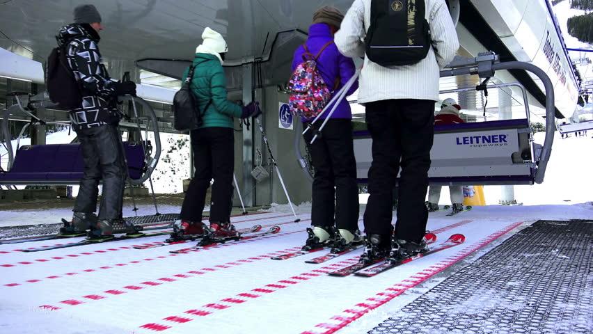 Magic Carpet Ski Lift Vidalondon