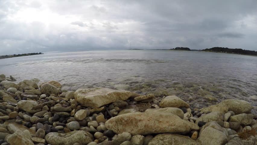 Pacific Ocean Big Sur California Beach 4k Hd Desktop: Pacific Ocean Waves Coming Ashore In Big Sur California
