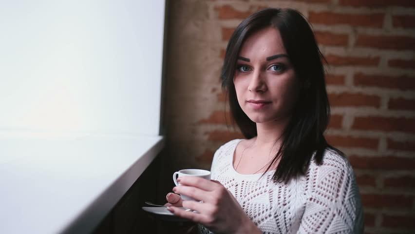 Property Development Chick : Uae arabic businesswoman female abaya office coffee