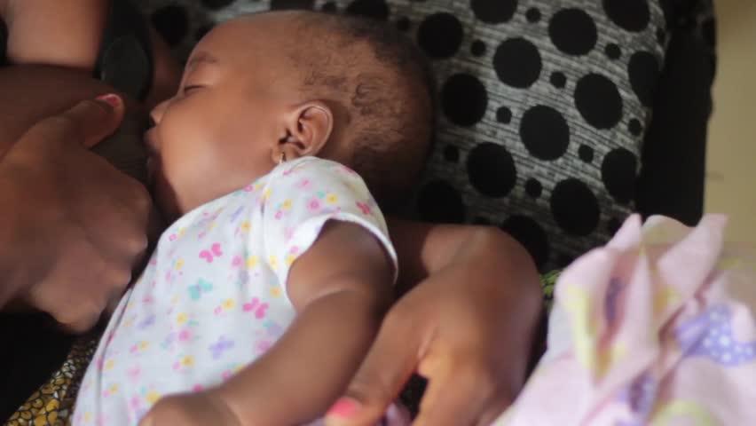 Baby breast clip feeding video