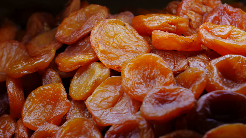 Dried apricot definition/meaning