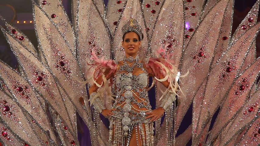 LAS PALMAS DE GRAN CANARIA, SPAIN - FEBRUARY 20: Laura Medina, winner of the Beauty Queen Show from Canary Islands, presents her costume during Gran Gala on February 20, 2012 in Las Palmas, Spain. - HD stock footage clip