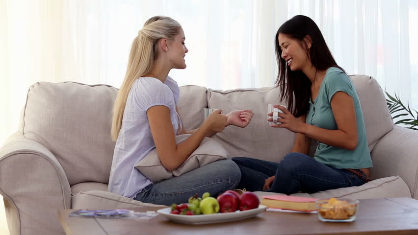 friendship chat 100% free friendship chat rooms at mingle2com join the hottest friendship chatrooms online mingle2's friendship chat rooms are full of fun, sexy singles like you.
