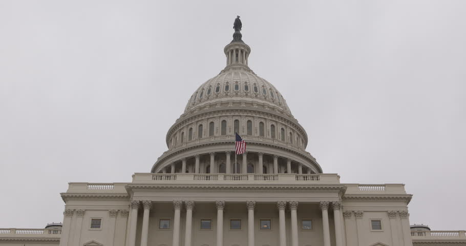 Cloudy Foggy Day Facade United States Capitol Building Washington DC US Congress ( Ultra High Definition, Ultra HD, UHD, 4K, 2160P, 4096x2160 )
