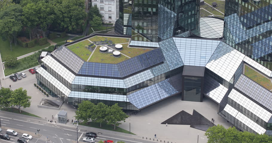 Solar Powered Office Buildings : Houses with solar power panels in germany estate