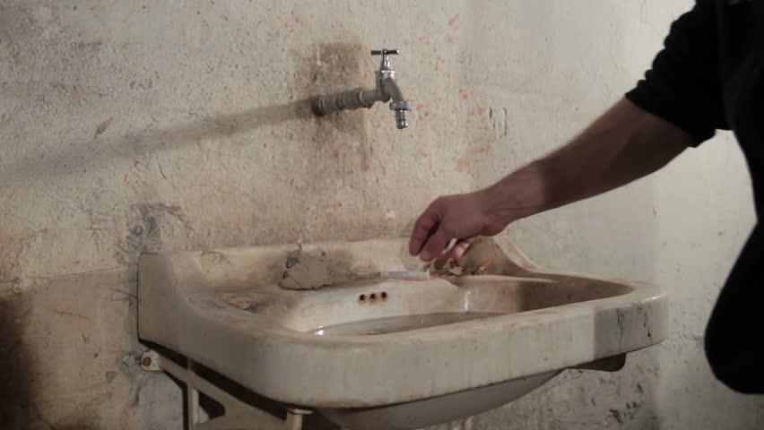 Uninstall a bathroom faucet