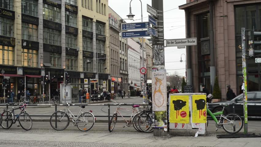 Walking On Cars Berlin