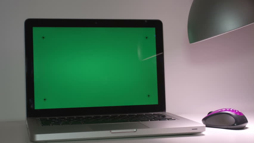 how to fix green screen on laptop