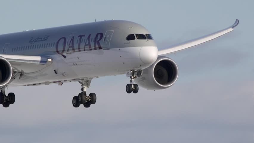 QATAR AIRWAYS DREAMLINER BOEING 787 FLYING IN SUPER SLOW MOTION - CA MARCH 2015: Qatar Airways Boeing 787 Dreamliner flying in super slow motion recording arrival at Oslo Airport Norway