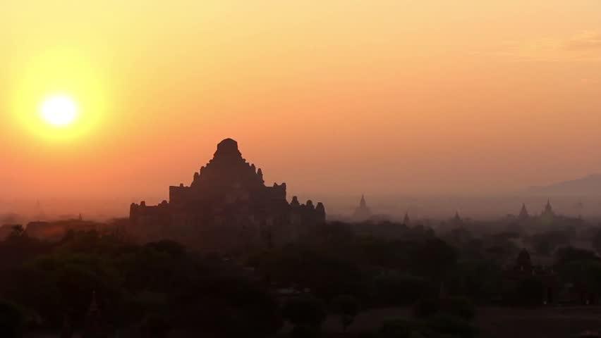 Sunrise in Bagan 1 - Beautiful sunrise in Bagan, Myanmar (Burma). Breathtaking scenery over temples in Bagan.